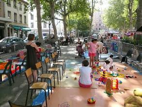Photo: place Voltaire 16 juillet