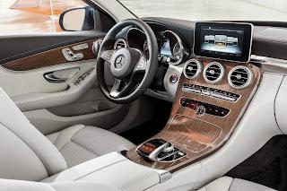 2014-Mercedes-C-Serisi-24