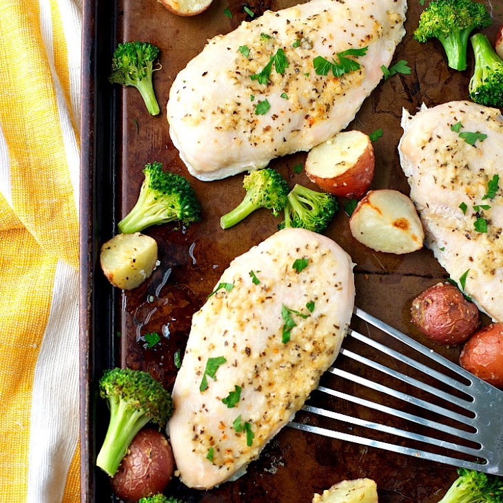 Garlic Parmesan Chicken and Broccoli with Crispy Potatoes Recipe