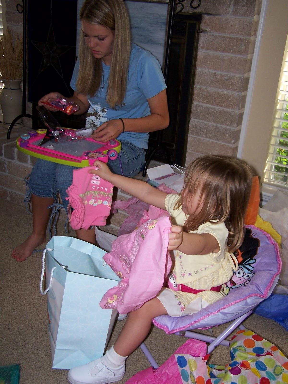 Corinas Birthday Party 2007 - 100_1923.JPG