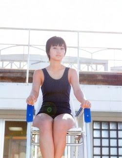 Arai Manami 新井愛瞳