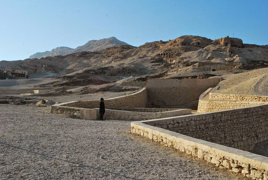 qurna-tombs-now-at-peace
