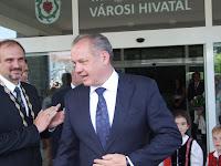 az elnök és Pataky Károly.JPG