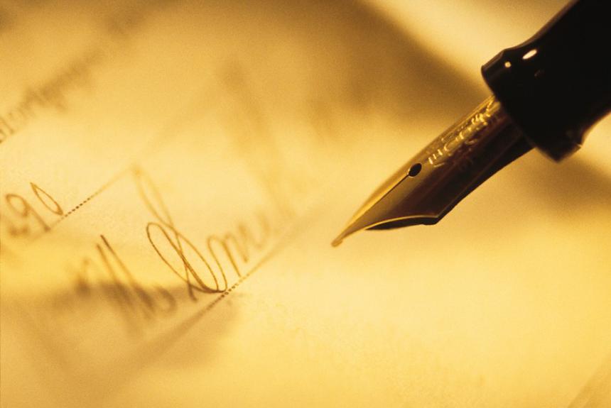 a pen 6 lỗi bạn cần nên tránh mắc phải khi viết thư xin việc