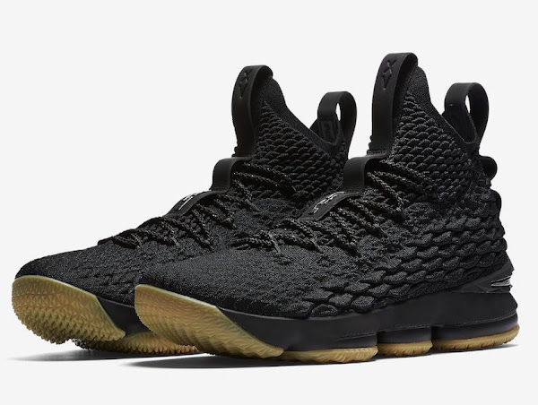 The Nike LeBron 15 Statement Drops on Black Friday