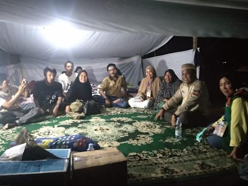 Tiba di Lokasi Bencana, Bupati Bone Langsung Kunjungi Pengungsi