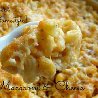 Baked Macaroni & Cheese {No Boil}.