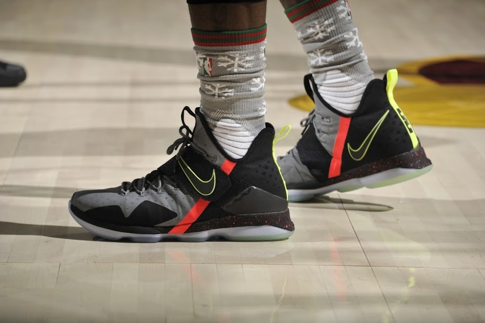 new styles e4b5c 5b8ef ... LeBron James Debuts Nike LeBron 14 on Christmas Day ...