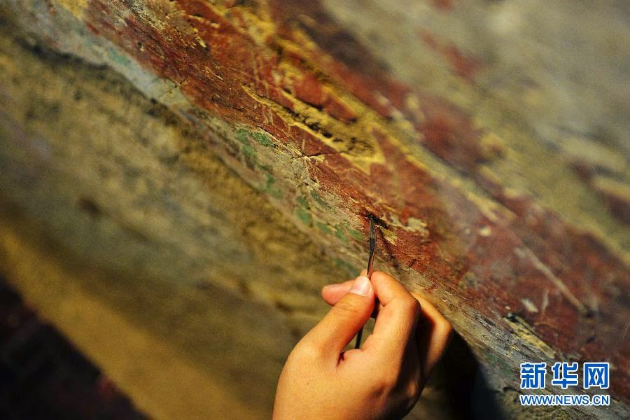 East Asia: Researchers repair 5,000 square metres of fresco in 70 years