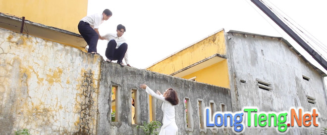 Miu Lê, Ngô Kiến Huy leo tường trốn học trong Cô gái đến từ hôm qua - Ảnh 6.