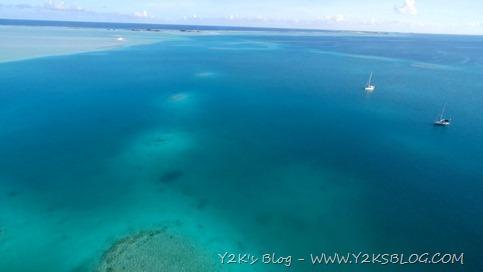 Ancoraggio tra i reef di SE - Rangiroa dal Drone