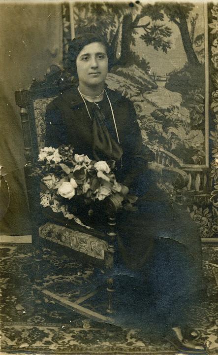 cecilia peretta - silia - 1920 a vent'anni - classe 1900