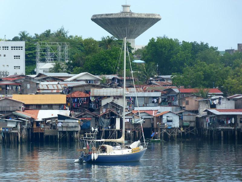 Mouillé devant le Port de plaisance, Mactan