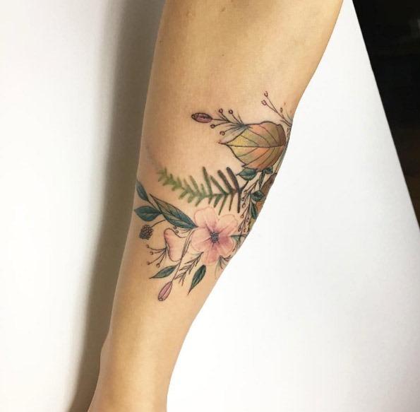 este_floral_antebraço_peça
