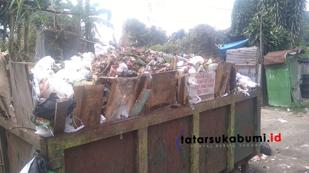 Warga Sukabumi Diminta Buang Sampah Terjadwal