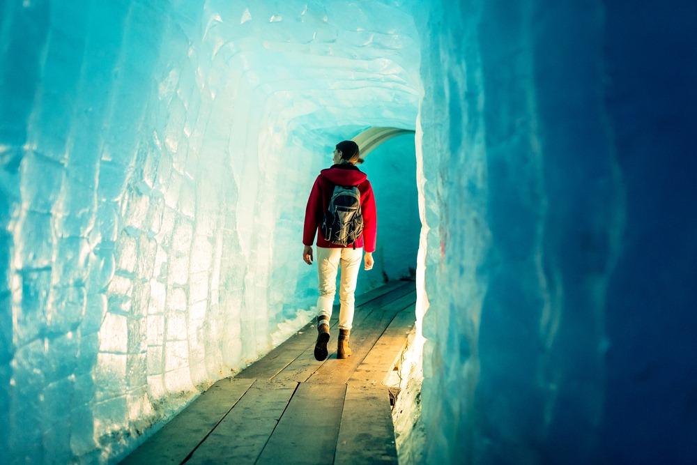 rhone-glacier-grotto-2
