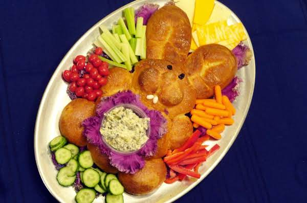 Saluting Spring With Festive Easter Bread Creations