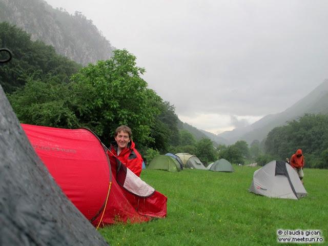 campare langa Motel Dumbrava