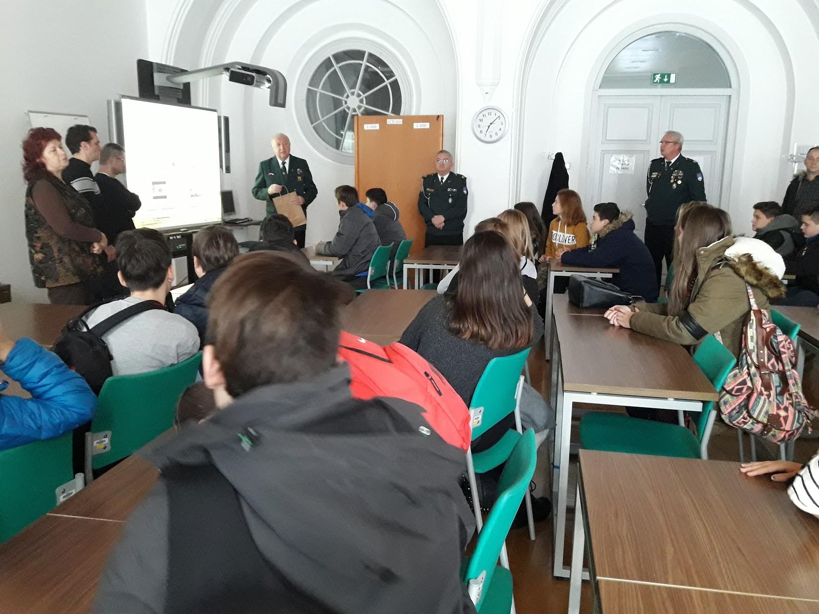 Obisk učencev OŠ Kadetnice v Mariboru