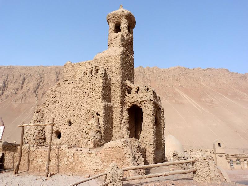XINJIANG.  Turpan. Ancient city of Jiaohe, Flaming Mountains, Karez, Bezelik Thousand Budda caves - P1270975.JPG