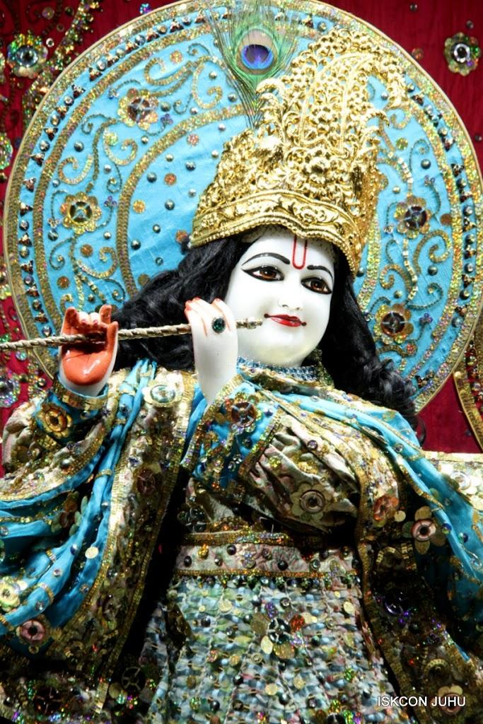 ISKCON Juhu Mangal Deity Darshan 11 Jan 2016  (26)