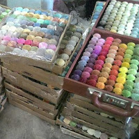 Color pom Box customised for rug designers