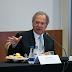 Auxílio emergencial pode ser renovado se pandemia continuar, diz Guedes