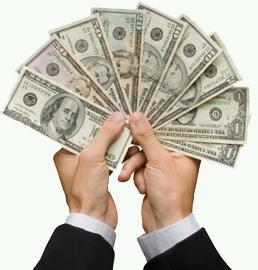 dinero mano billetes