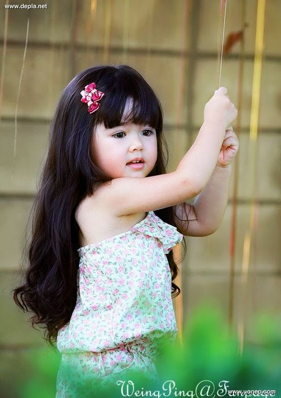 Cute Little Girls Wallpapers Walpoza Hd Wallpapers Collection