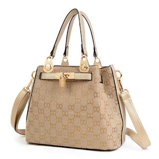 jika sebelumnya aku memposting model tas hermes terbaru Tas Wanita Import Terbaru Dan Harganya Bahan Canvas