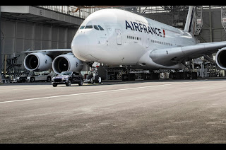 Porsche Cayenne S Turbo Desiel tows Air France Airbus A380