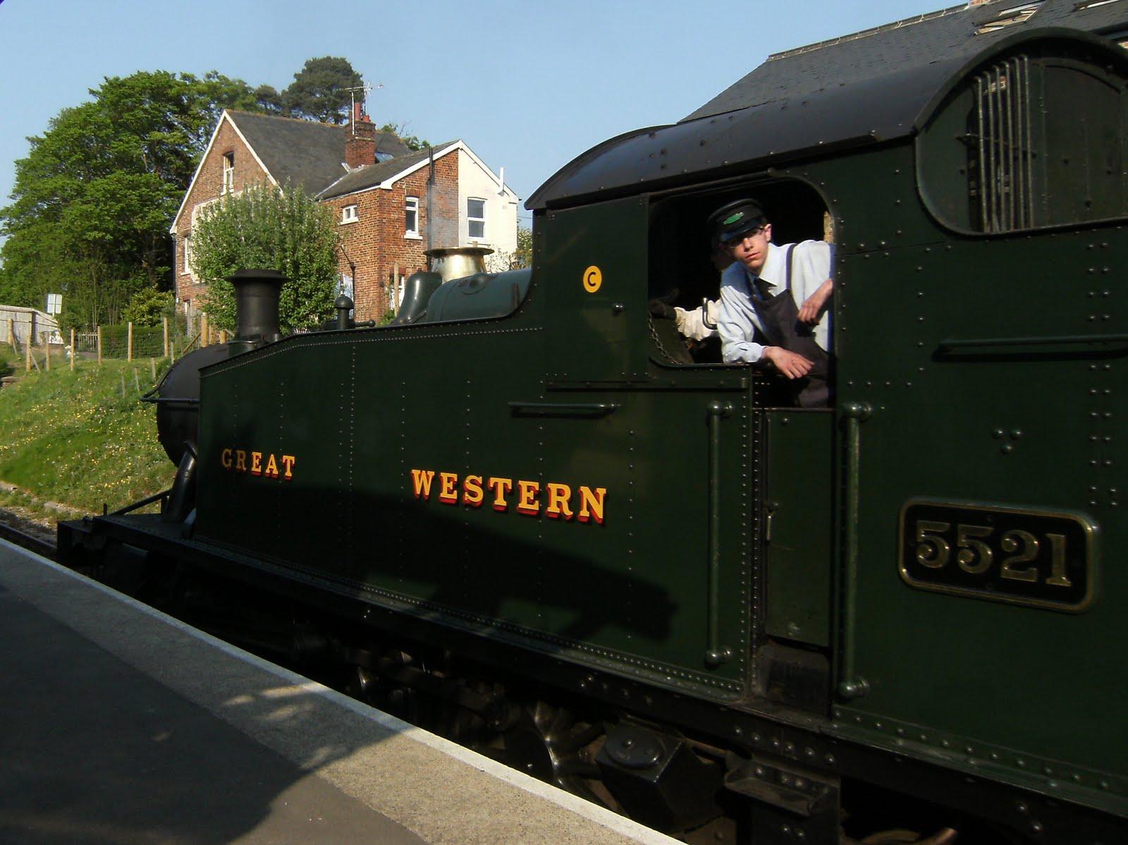 DSCF7495 Steam engine at Groombridge