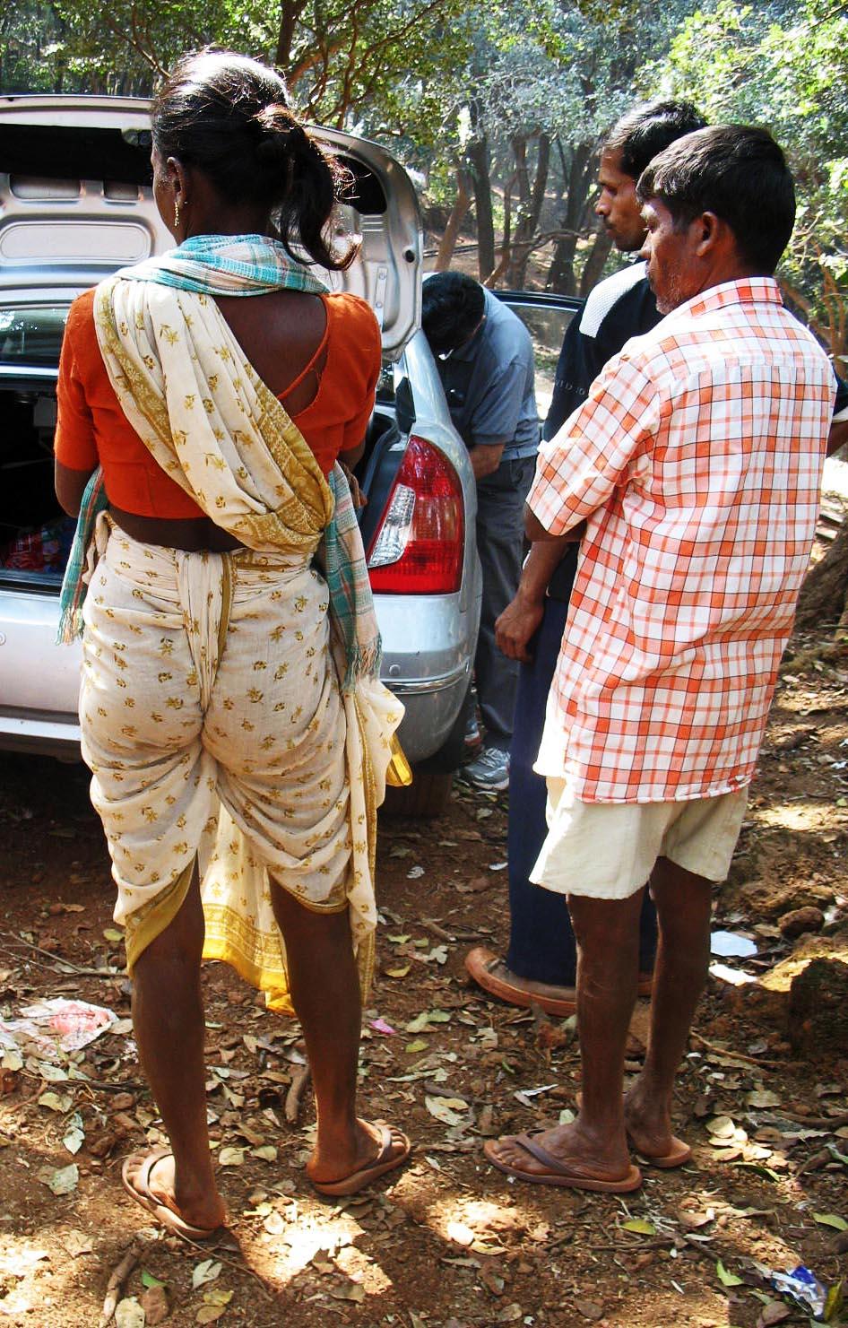 Indian peeing women-6445