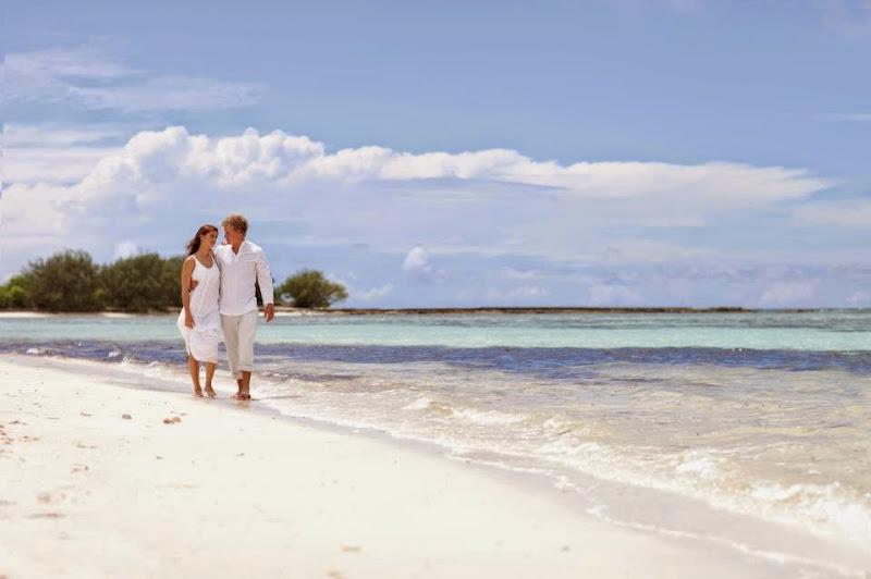 Desroches Island Resort - 315057_623460234334685_1640386987_n.jpg