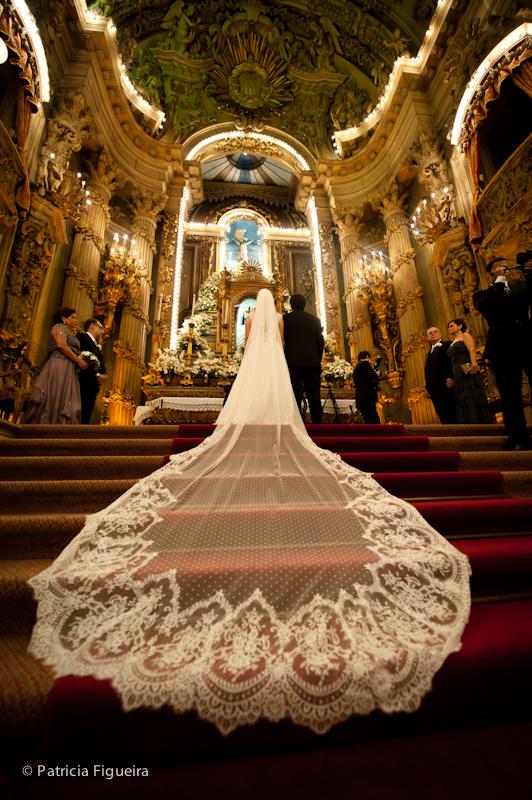Foto de casamento 0879 de Ana e Joao. Marcações: 29/10/2011, Casamento Ana e Joao, Lethicia Bronstein, Rio de Janeiro, Veu, Veu de Noiva.