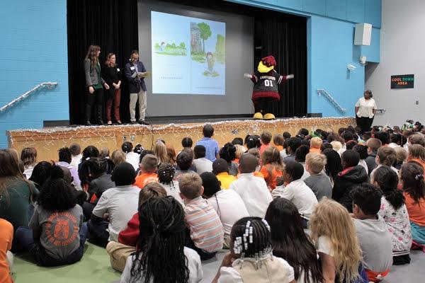 CCBA Members at North Charleston Creative Arts Elementary with Cockys Reading Express™ - m_IMG_6752.JPG