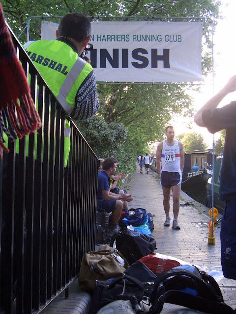 Grand Union Canal Race; 235km/45h; 24 mai 2014; 110 places  CIMG1107