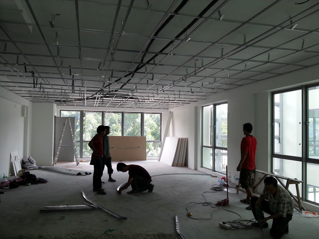 plaster ceilingf frame and marking floor for partition