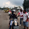 Paguyuban Ambulan Desa (Pamdes) Kab.Cianjur Bagikan Takjil