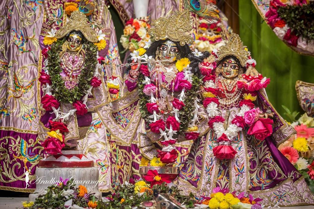 ISKCON Mayapur Deity Darshan 11 Jan 2017 (42)