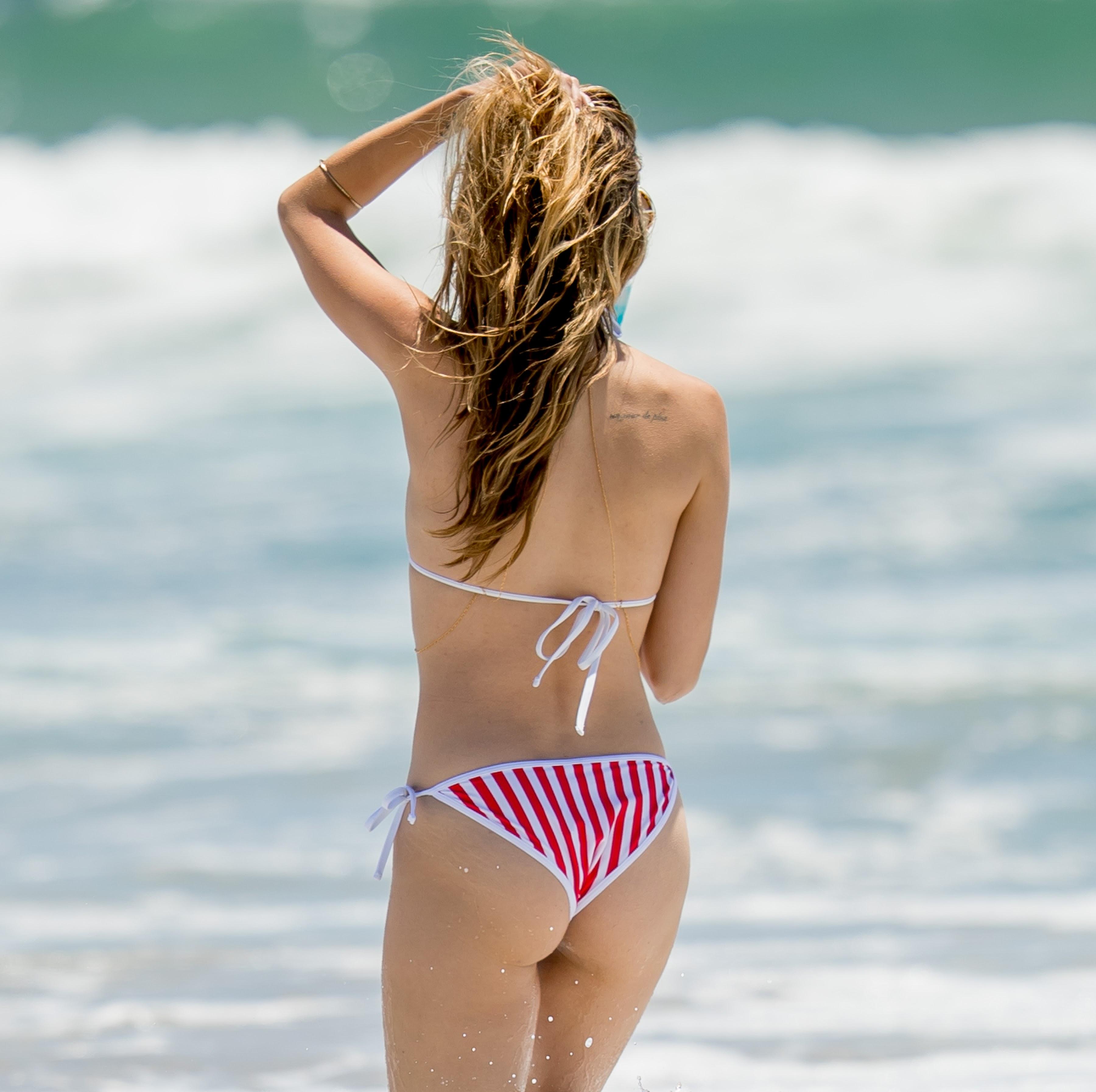 Celebrities magazine rachel mccord bikini for Rachel s palm beach