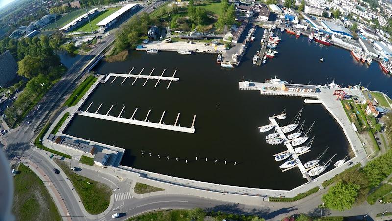wynajem drona zdjęcia z lotu ptaka z drona Kołobrzeg - przystań Marina z lotu ptaka