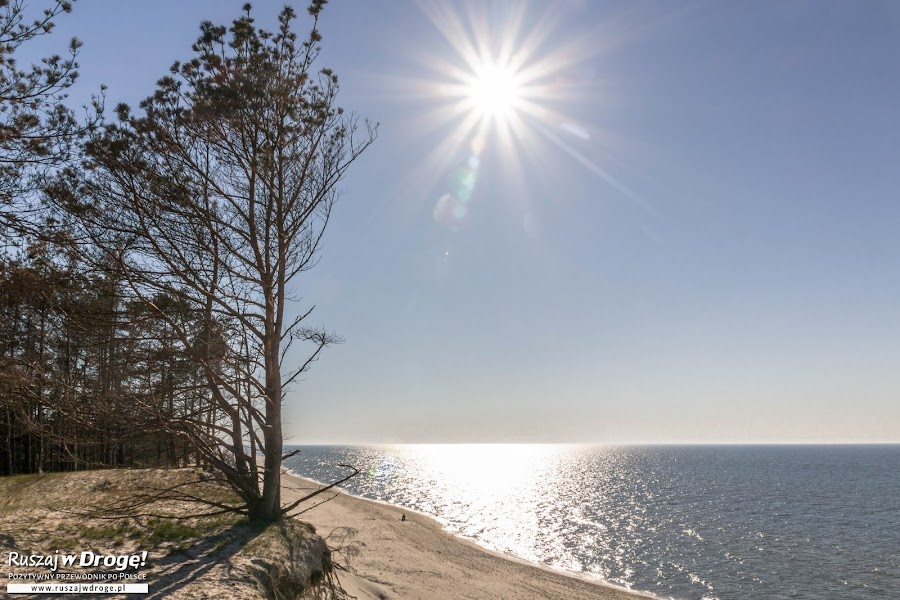 Piękna plaża i klify w Czołpinie