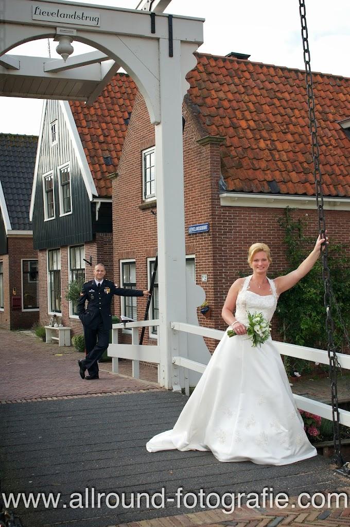 Bruidsreportage (Trouwfotograaf) - Foto van bruidspaar - 145