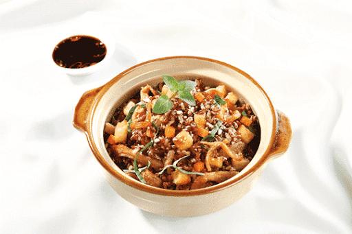 Cơm gạo lức trộn rau củ