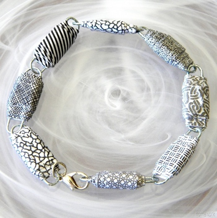 Paper-Clip-Bracelet-15_thumb