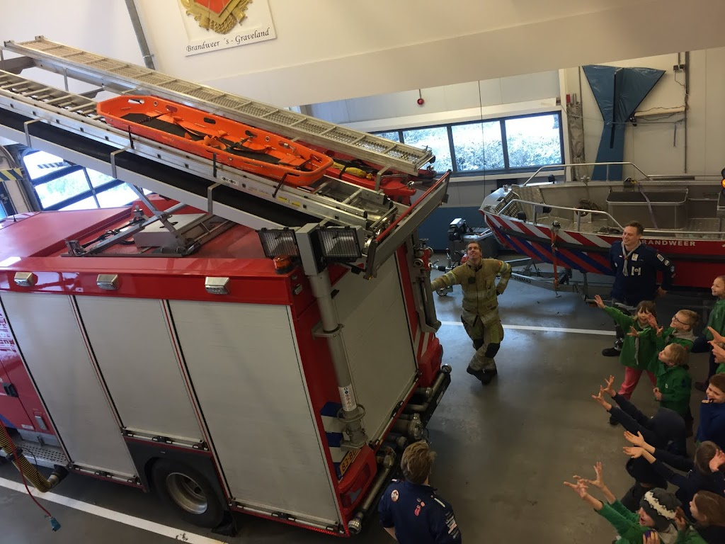 Welpen - Bezoekje aan Brandweer s-Graveland 11-02-2017 - IMG_2970.JPG