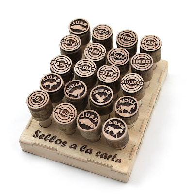 Lederstempel mit Display by Zoo Pencils