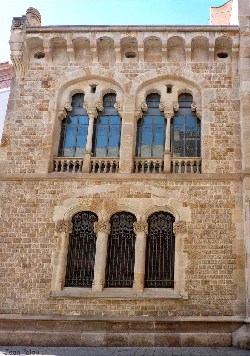 Caixa D Estalvis De Sabadell Barcelona Modernista I Singular