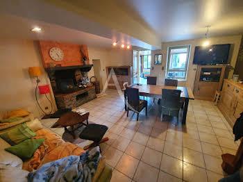 Maison 7 pièces 216 m2